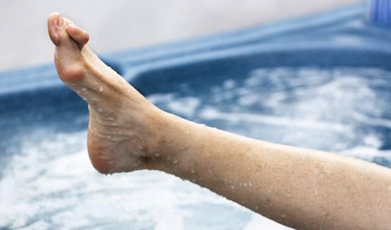 молоткообразная деформация пальца стопы