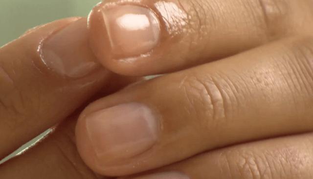 Косметический уход за ногтями с помощью питательных средств