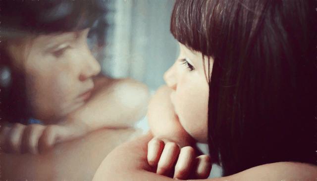 Погружение ребёнка в мир зеркальных нейронов и отражений