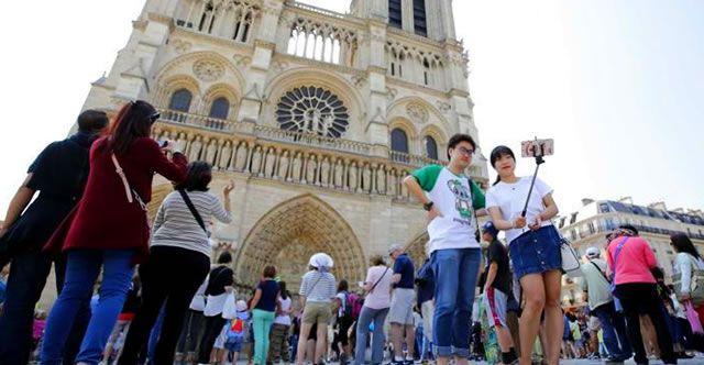 Японские туристы часто оказываются разочарованы внешним видом Парижа