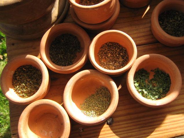 Подготовленные лекарственные травы